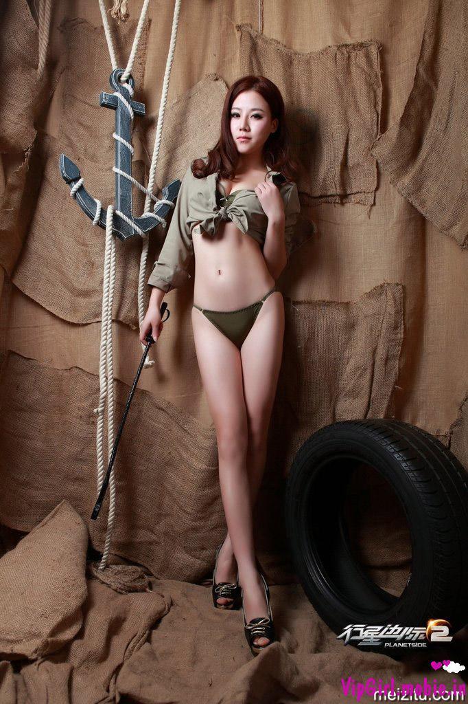 2 cô nàng trung quốc ngực khủng sexy bikini