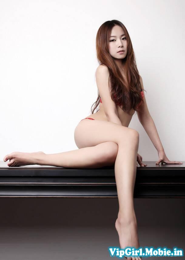 ảnh Girl Xinh Sexy korea Với Bikini Ngực đẹp chân dài