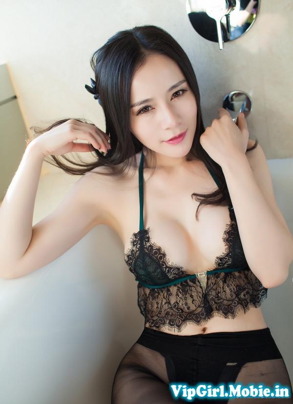 Ảnh Sexy Girl China ngực đẹp Gợi Cảm Với Bikini trên giường
