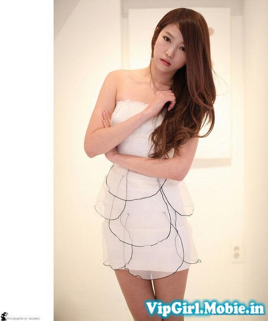 chân dài hàn quốc với váy ngắn cực dễ thương
