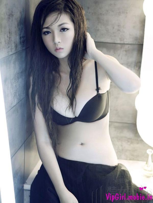 gái trắng xinh sexy việt nam nóng bỏng với bikini cực siêu mỏng
