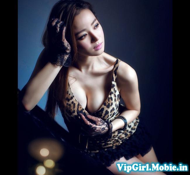 Gái xinh ngực đẹp Châu Á sexy quyến rũ đây