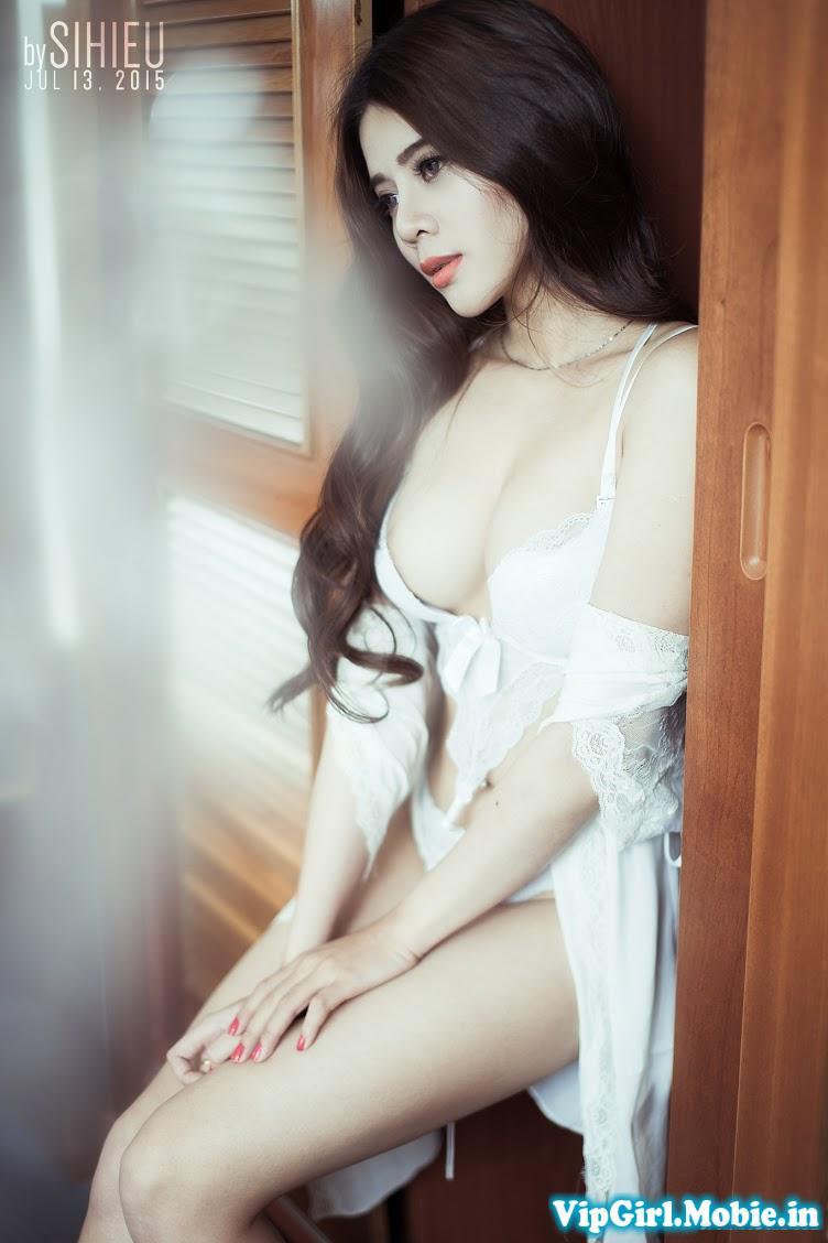 Gái xinh ngực đẹp trong bộ đồ ngủ nội y mỏng manh|raw