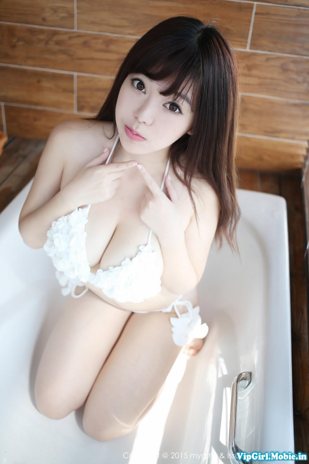 Gái Xinh Sexy Bikini Trung Quốc Ngực Khủng Mặt Siêu Dễ Thương p2
