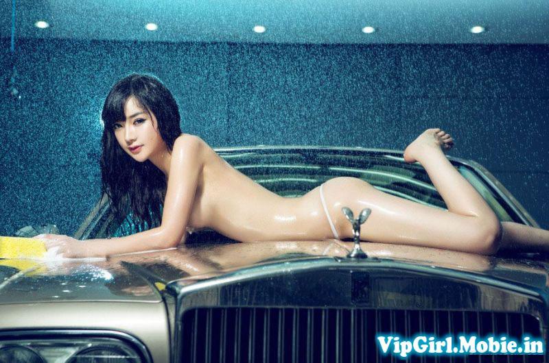 gái xinh trung quốc khỏa thân bên siêu xe