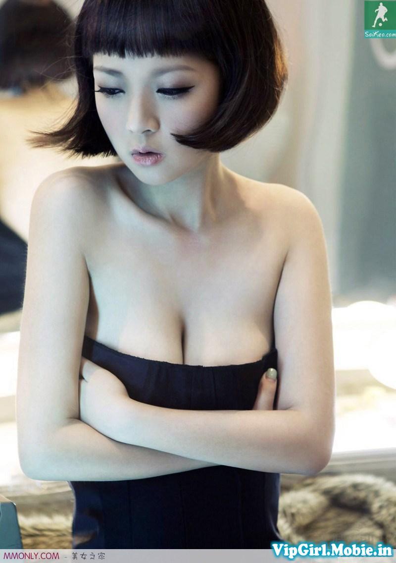 girl hàn quốc mặt đã xinh ngực lại còn đẹp