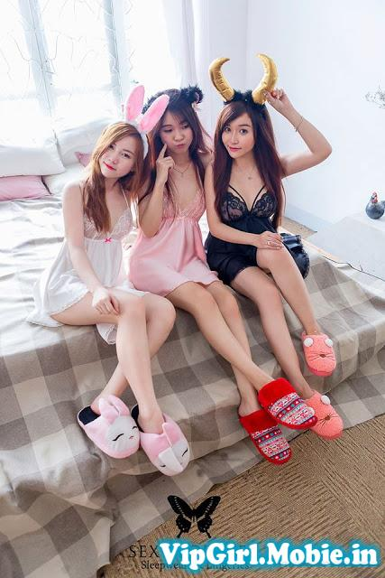 Hai cô tiên xinh đẹp gợi cảm với váy ngủ siêu mỏng