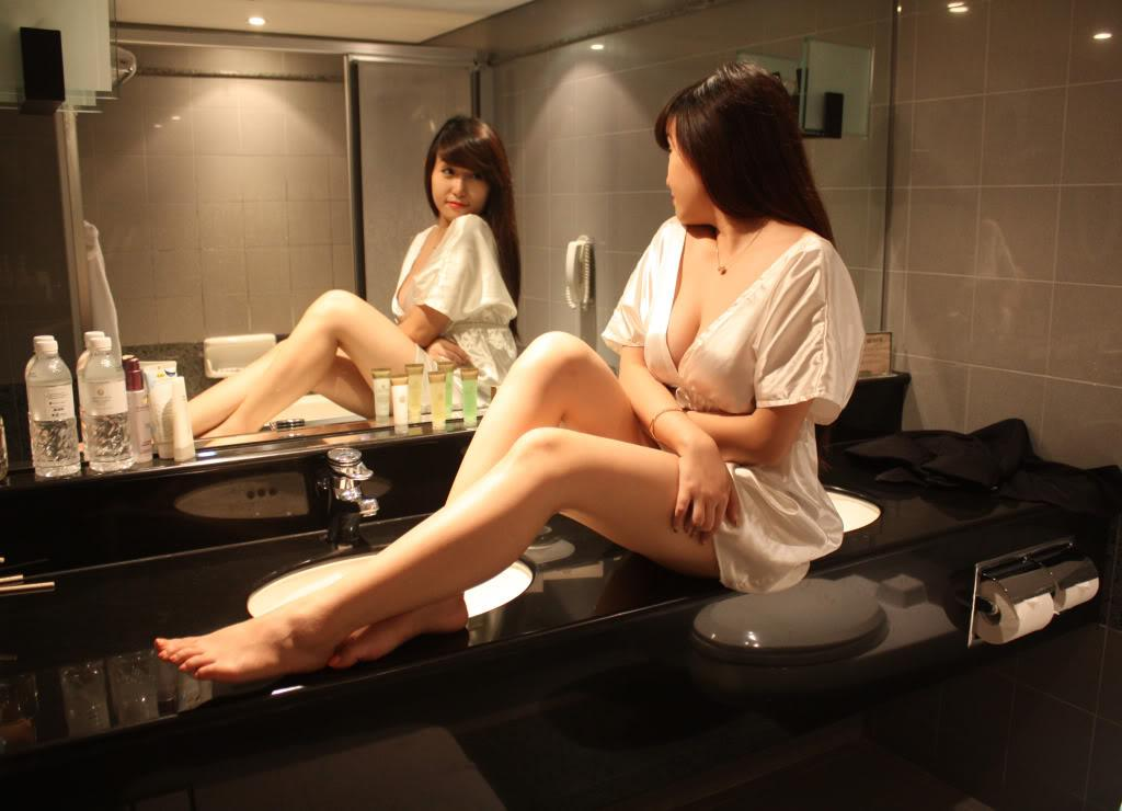 Hot girl Mi Nhon Mặt xinh Ngực đẹp sexy