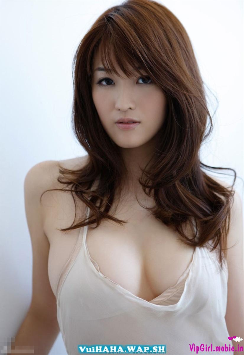 Hotgirl ngực đẹp Trung Quốc bikini ướt át