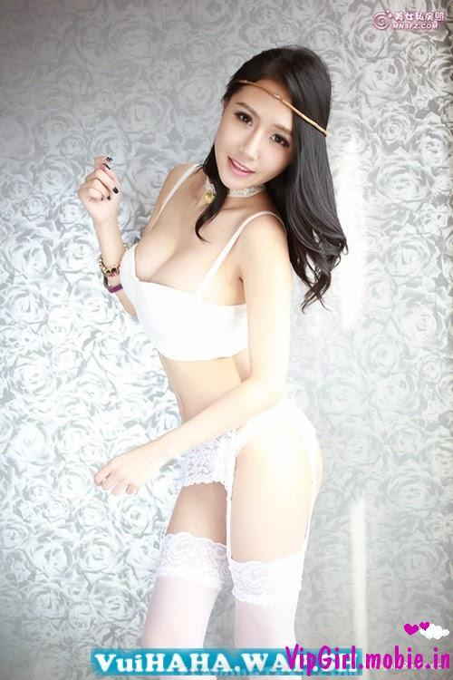 Người đẹp Trung Quốc nóng bỏng cùng bikini sexy khoe hàng