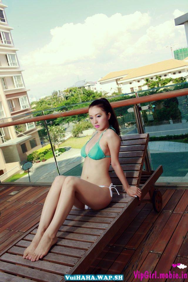 Tập đoàn hot girl, gái đẹp Việt Nam - Bikini ngày đông